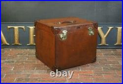 Canvas Square English Travel Trunk With Key